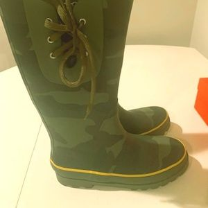 J.Crew Camo Wellies Sz 10